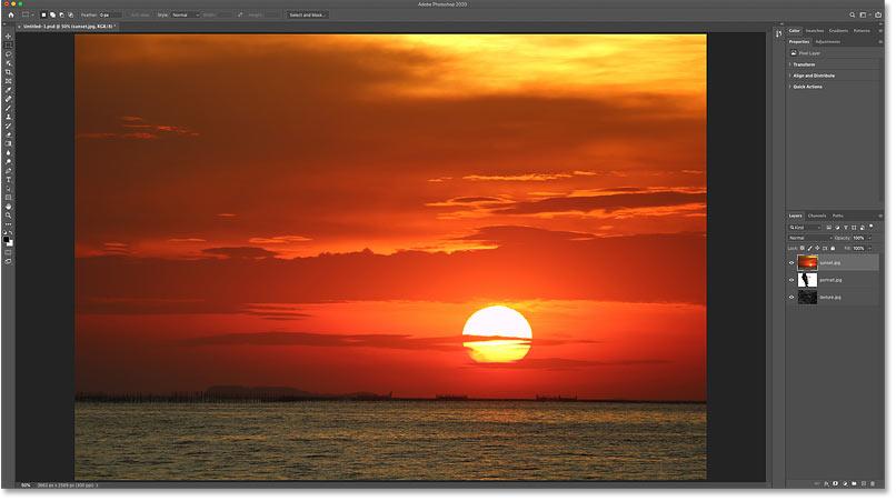 عکس غروب خورشید. اعتبار: Adobe Stock